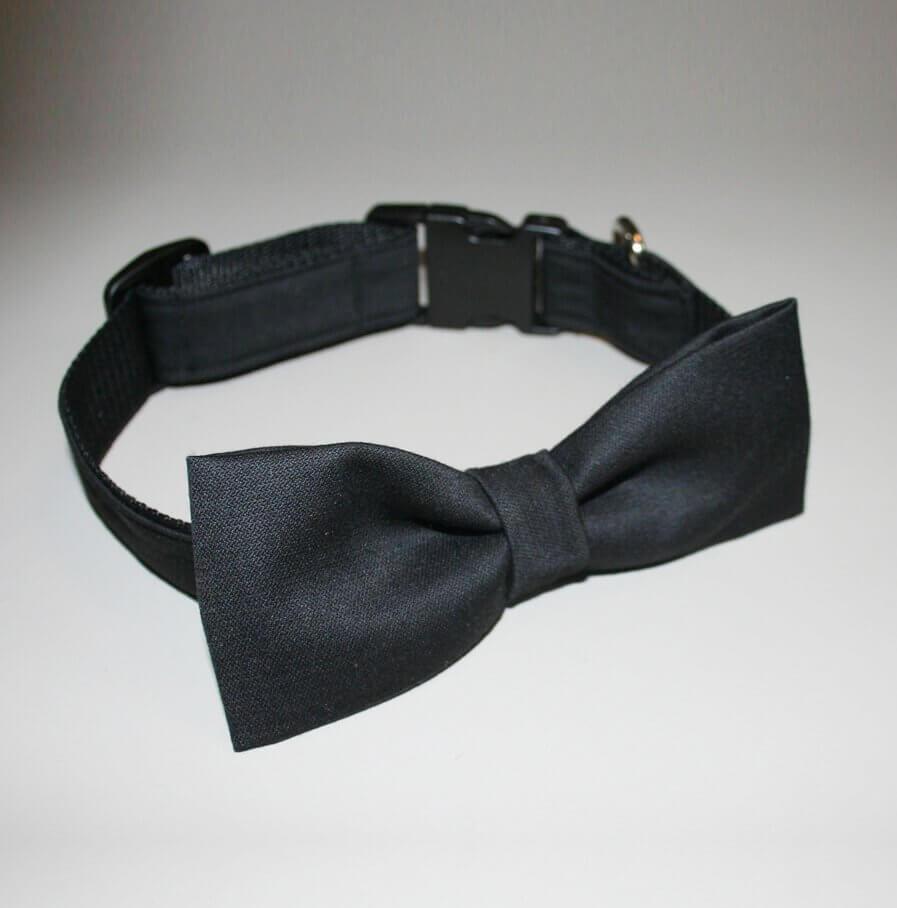 Schwarzes Hundehalsband mit Fliege