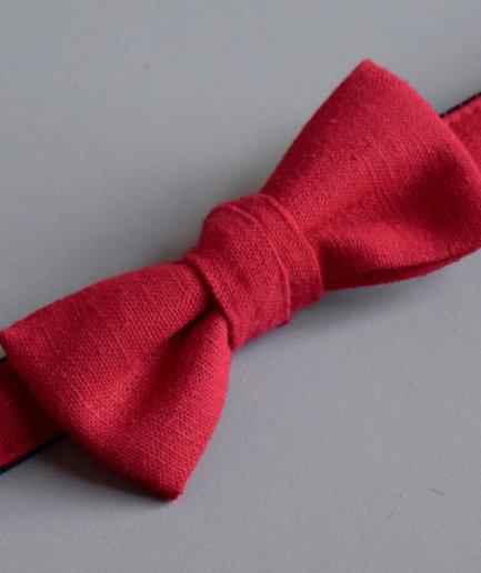 Hundehalsband mit Fliege rot