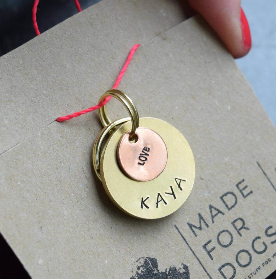 "Hundemarke ""Kaya"" mit Made for Dogs Logo"